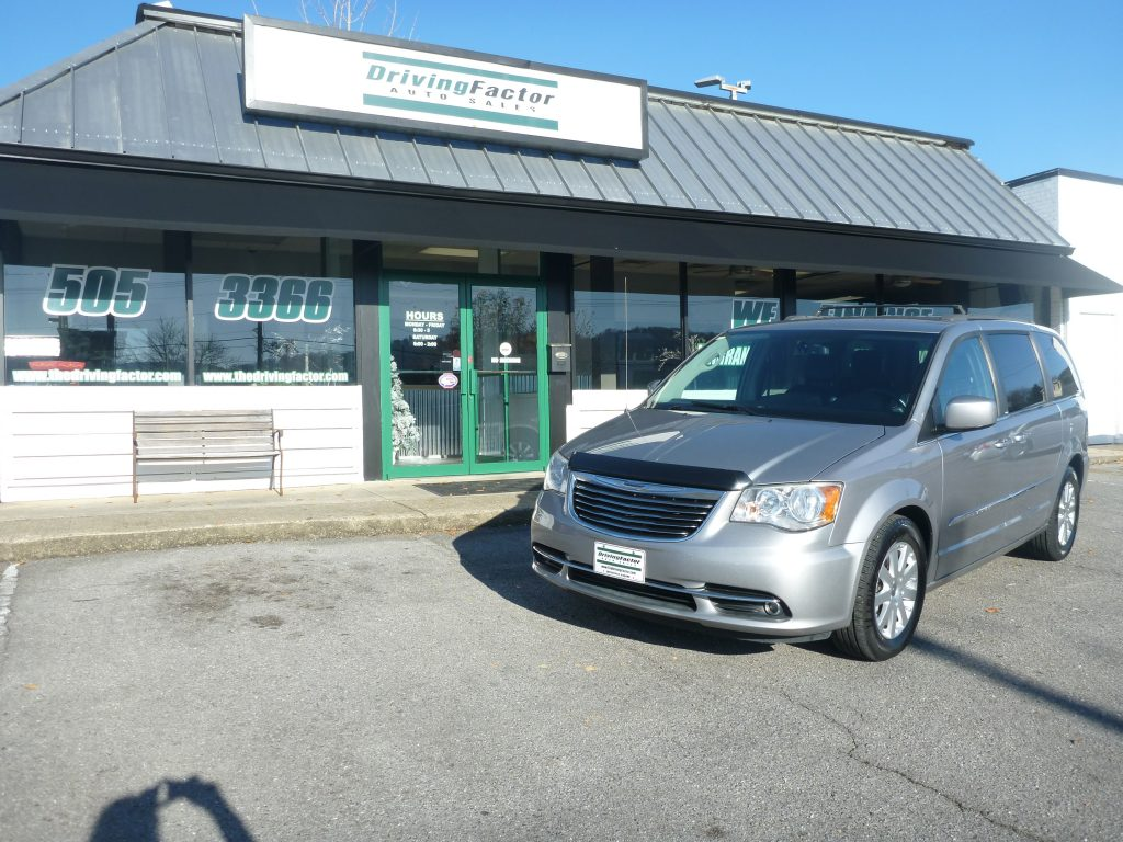 2014  CHRYSLER TOWN AND COUNTRY  #2723